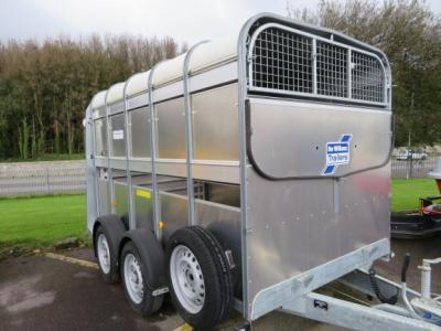 Ifor Williams TA510 10ft Cowbox