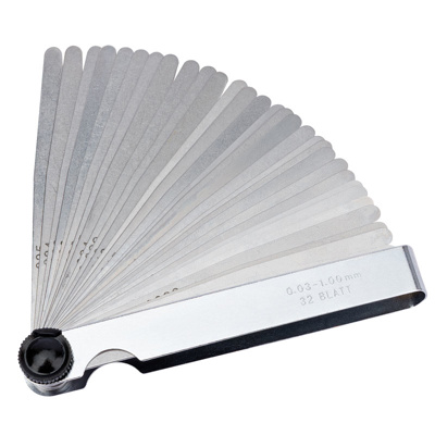 32 Blade Combination Feeler Gauge Set