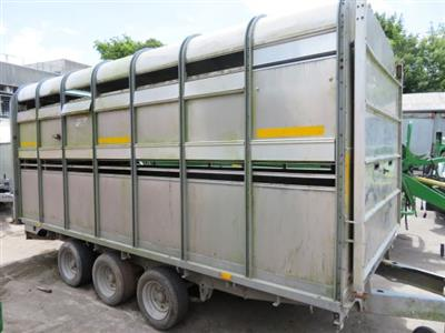 Ifor Williams DP120 Triaxle Trailer