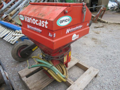 2005 Hatzenbichler Air 8 Pneumatic Seeder